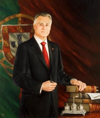 cavaco-retrato-oficial-338x400.jpg