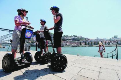 turistas em Portugal.jpg