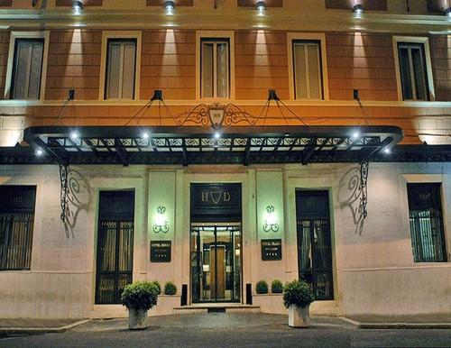 Hotel Diana .jpg