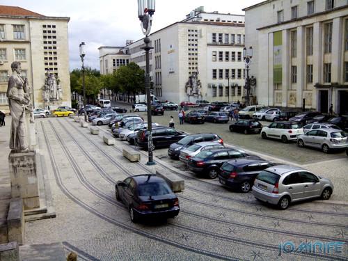 Estacionamento na Rua Larga da Universidade de Coimbra