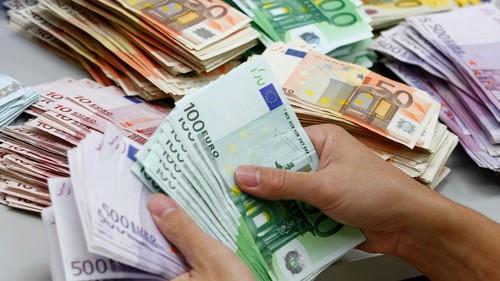 Dinheiro Euro.jpg