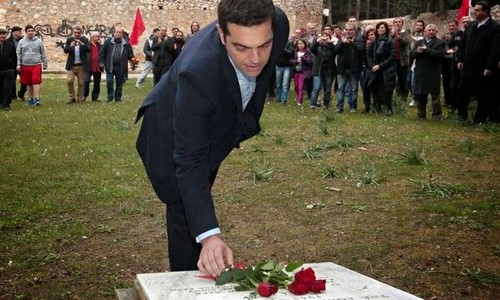 Alexis-Tsipras-places-flo-012[1].jpg