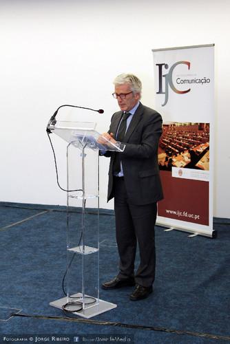 Pedro Costa Gonçalves - Presidente do Instituto Jurídico da Comunicação. Diretor Executivo do CEDIPRE. Professor da Faculdade de Direito da Universidade de Coimbra. Colóquio sobre Direito e Comunicação Social - Problemas e Desafios