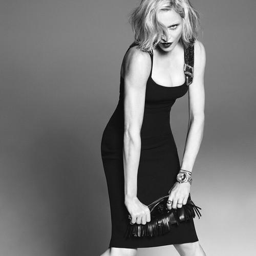 Versace-womanswear-SS15-Campaign_00.jpg