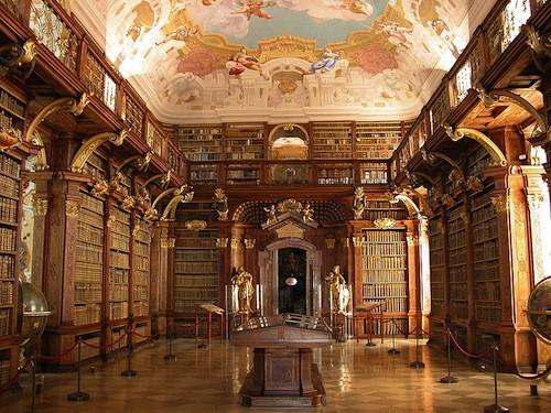 8-Melk-Abbey-Library-Melk-Austria.jpg