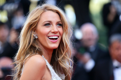 Blake-Lively-Mr-Turner-Red-Carpet-Cannes.jpg