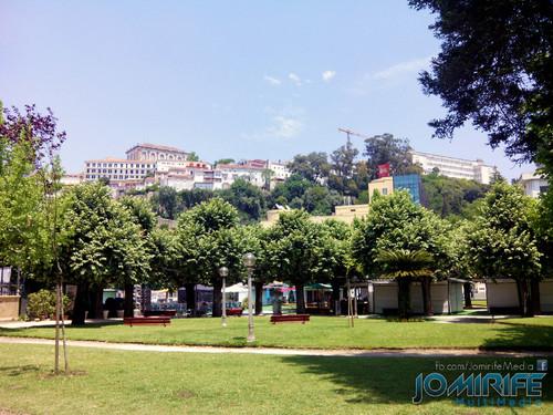 Parque verde do Mondego com vista para a Universidade de Coimbra [en] Mondego Green Park overlooking the University of Coimbra in Portugal