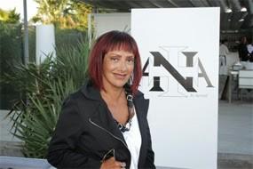 Ana Salazar 1.jpg