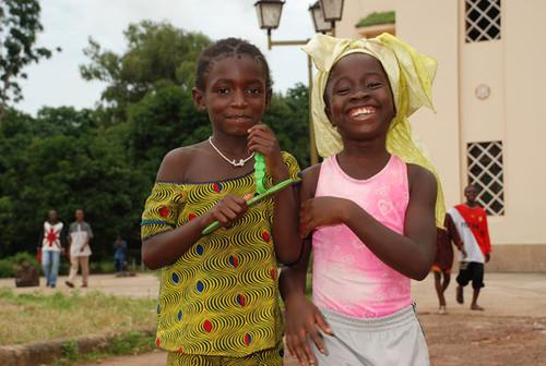 MeninasAfricano-MaisnerMark.jpg