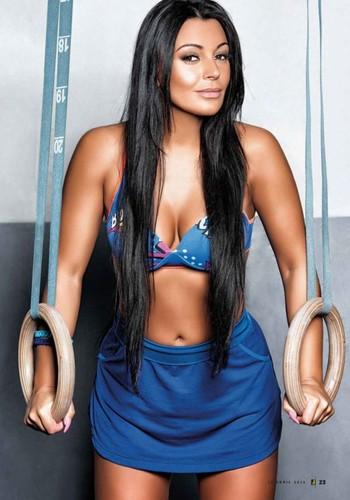 Alexandra Ferreira 6
