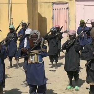 Boko Haram criancas armadas.jpg