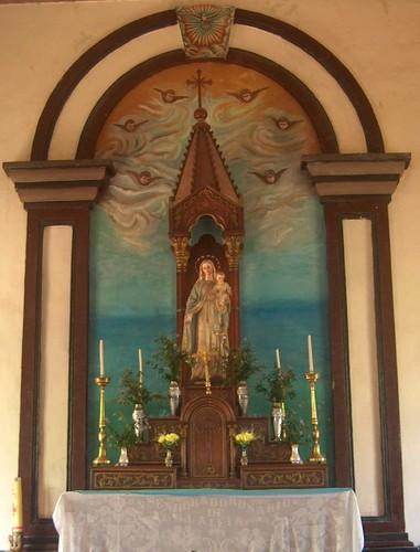 Senhora do Rosário  -  Padroeira de Laleia - Timo