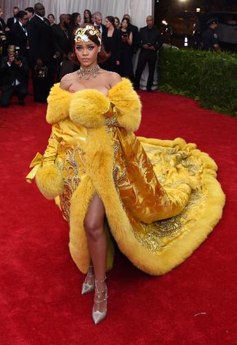 rihanna-met-gala-2015-best-dressed.jpg