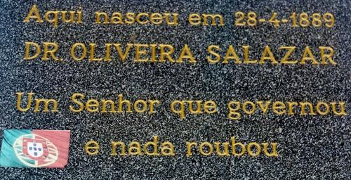 salazar_placa.jpg