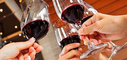 vinho-brinde.jpg