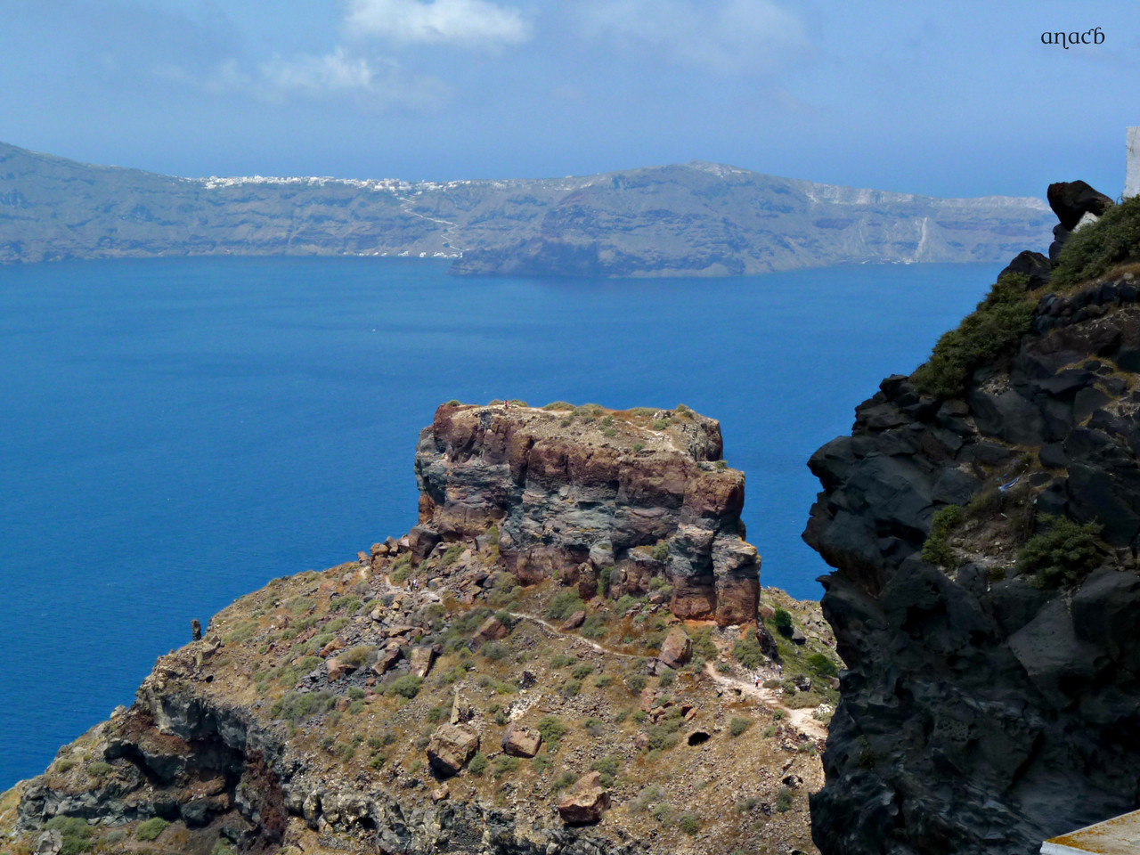 Santorini-Imerovigli (1086) cópia assin.jpg