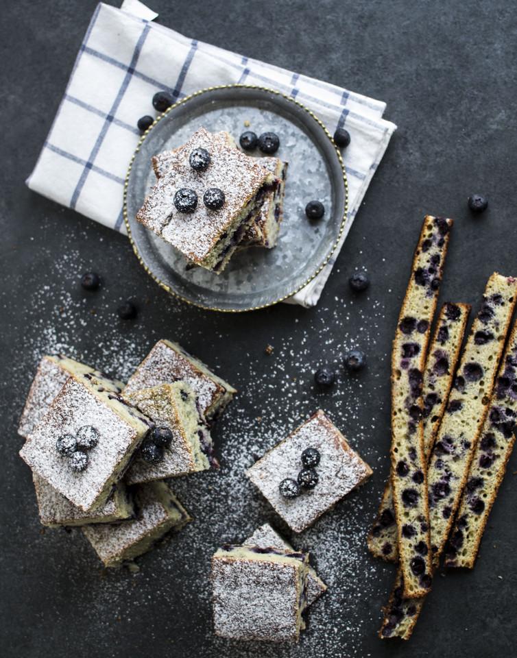 quadrados de mirtilos e queijo quark14.jpg