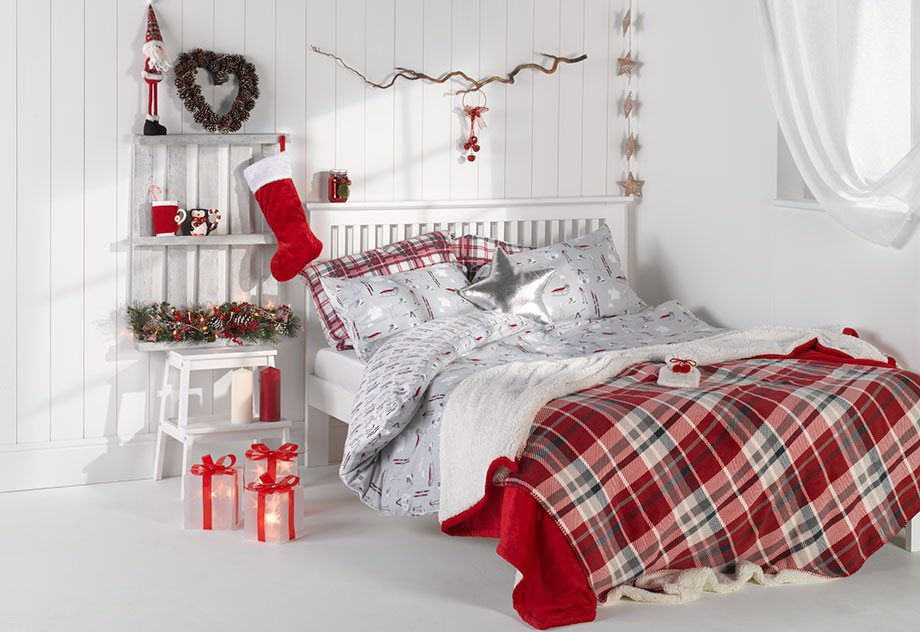 DBO_Primark_Christmas_Bedroom_920_632_Main_Image_1