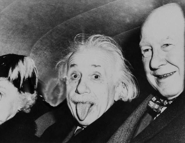 Einstein4-600x462.jpg