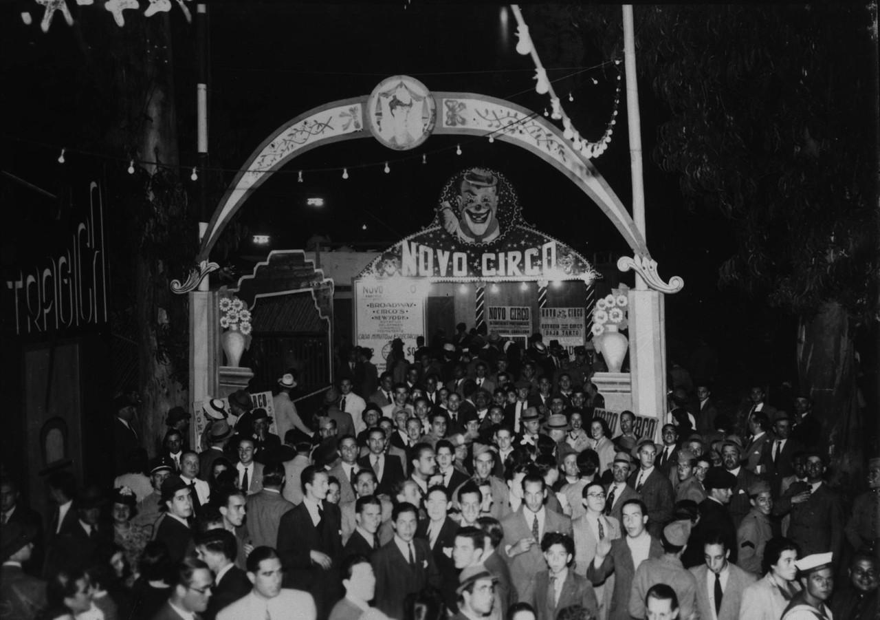 Circo na Feira Popular, no seu primeiro ano de fun