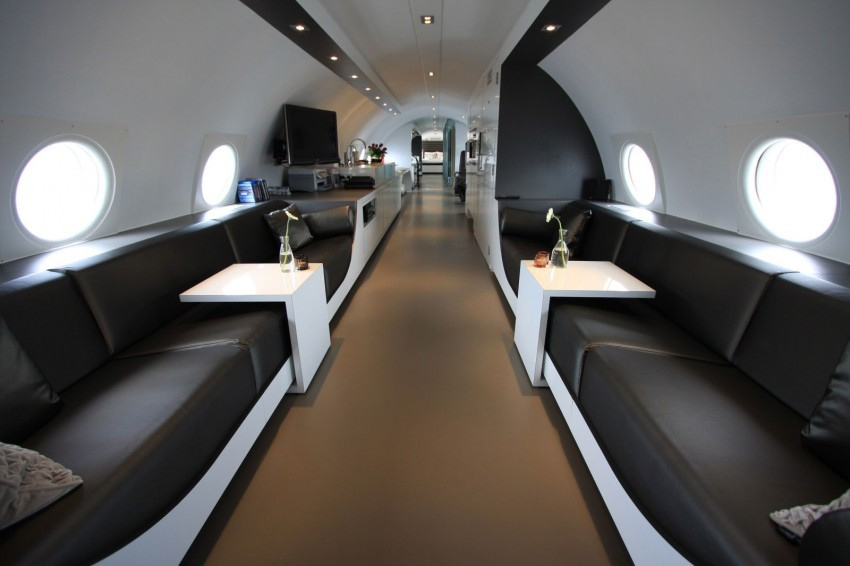 Airplane-Suite-07-850x566.jpg
