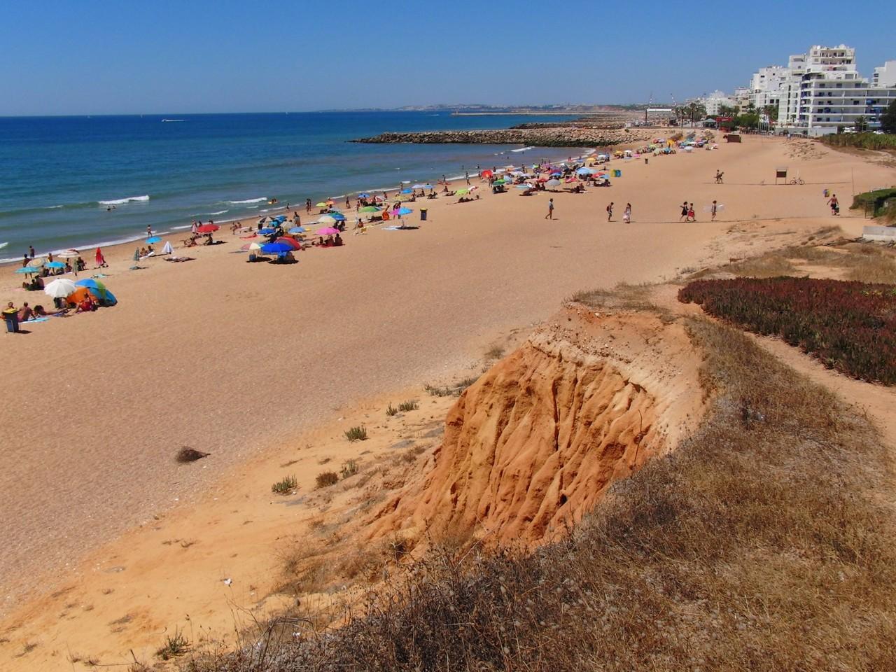 Praia Quarteira.jpg