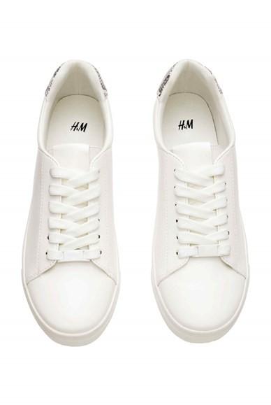 h&m-primavera-verao-2016-sapatilha-branca.jpg