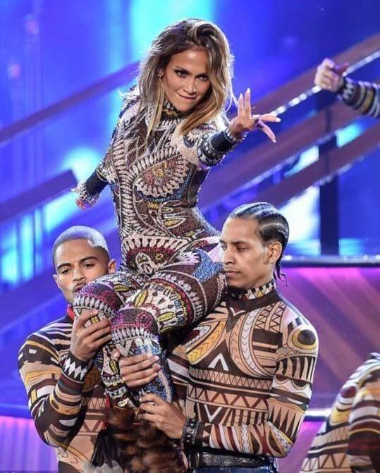 Jennifer Lopez performance.jpg
