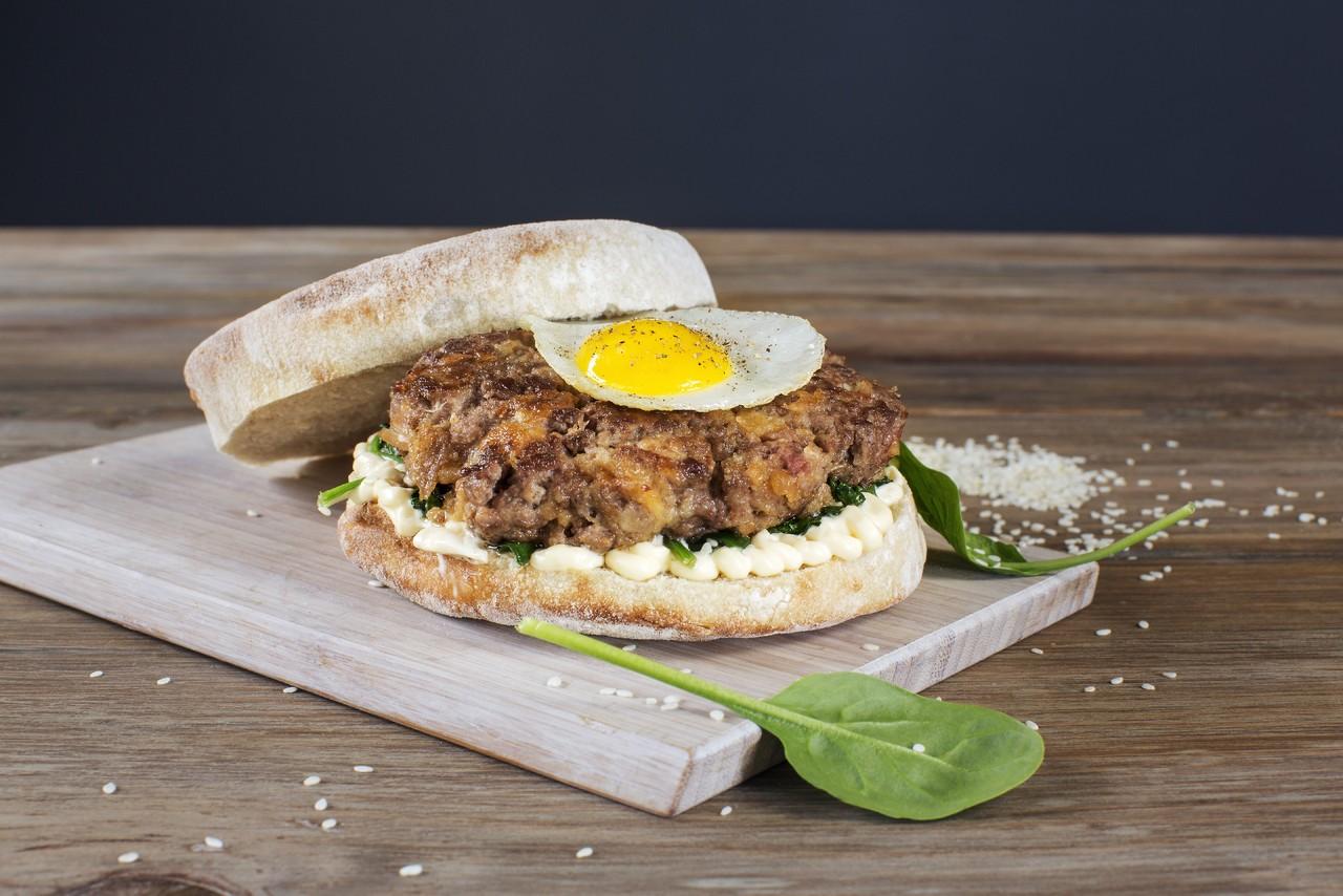 Hambúrguer de Picanha e Alheira.jpg