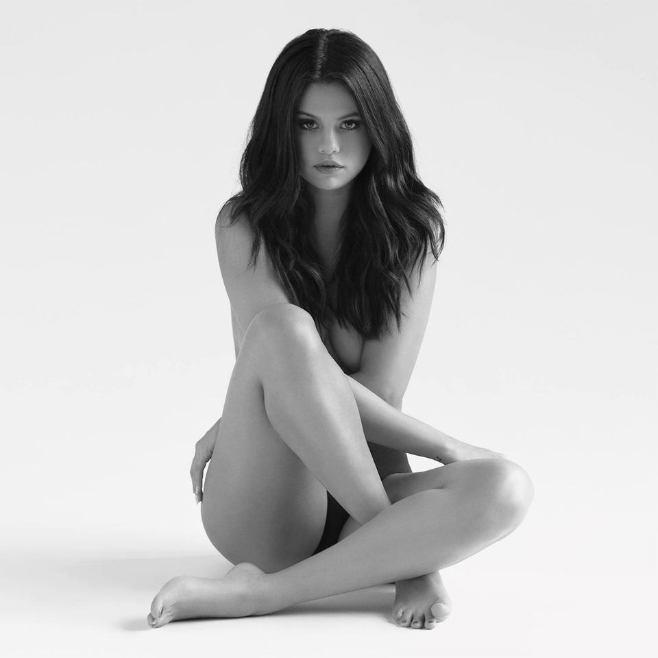 Selena-Gomez-Revival-Cover.png