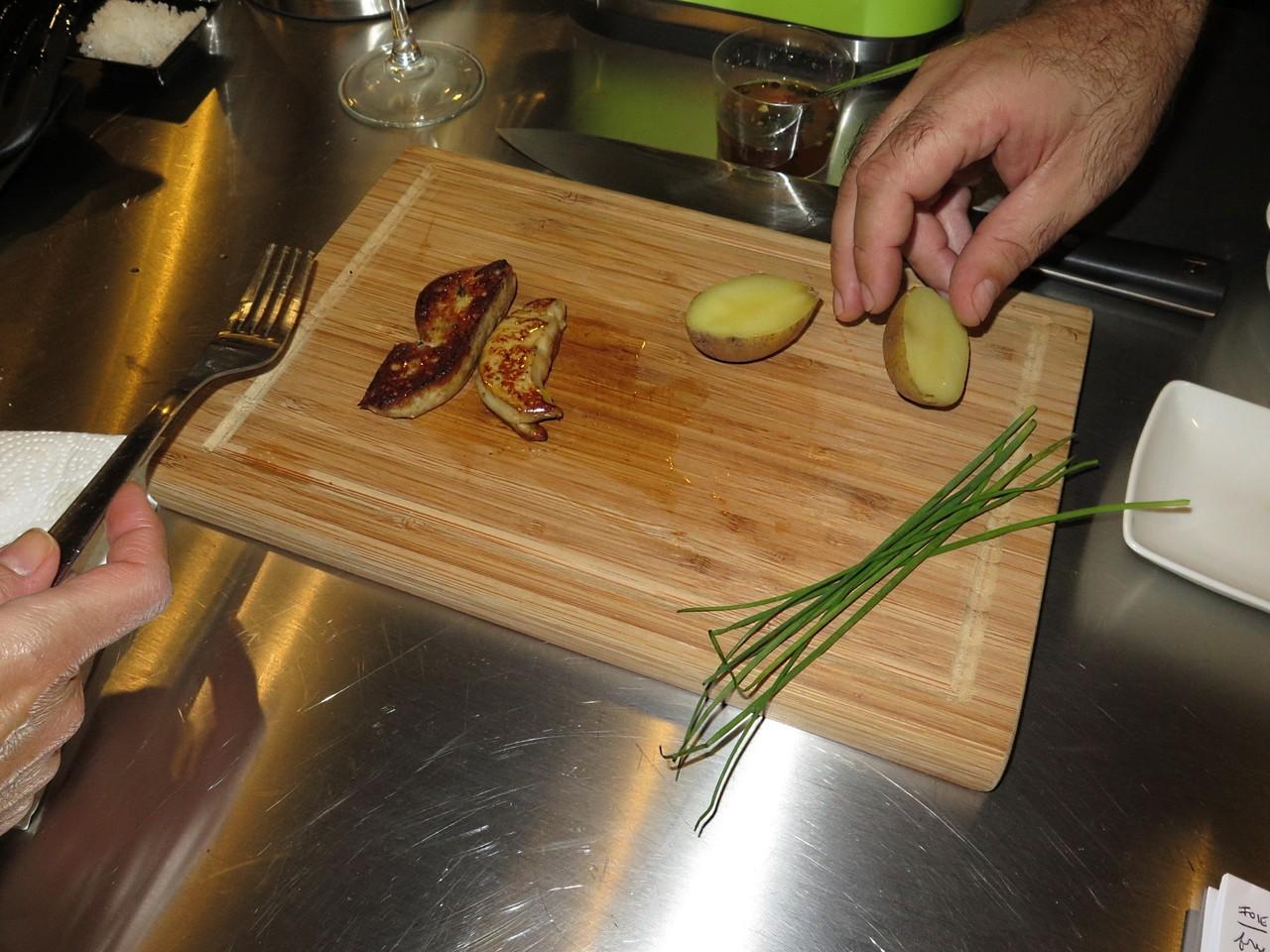 Foie gras, batata nova e cebolinho