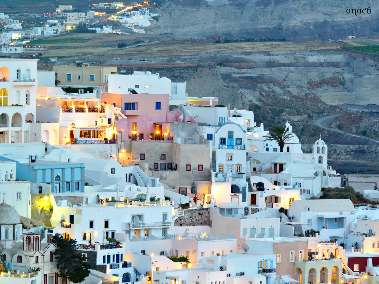 Santorini-Fira (901) cópia assin.jpg
