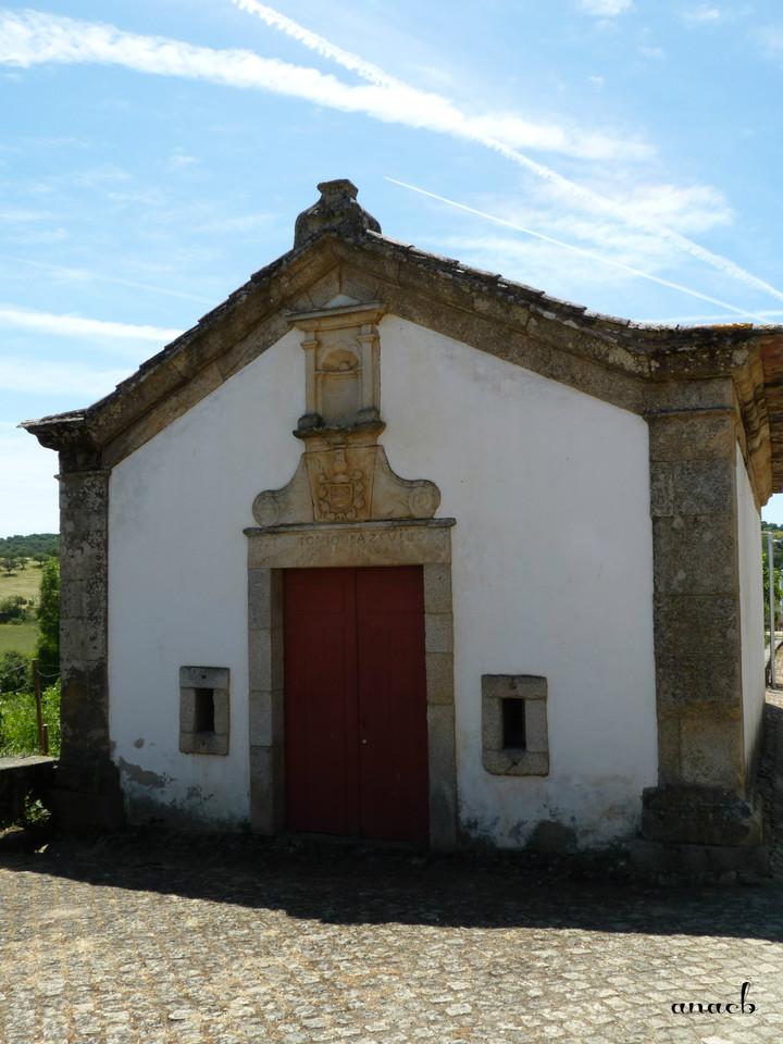 Idanha-a-Velha (129) Capela de São Dâmaso.jpg