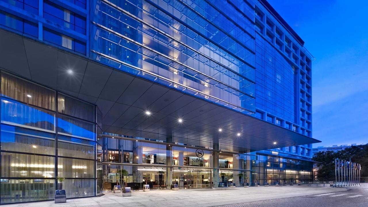 Hotel-Facade-1.2.jpg