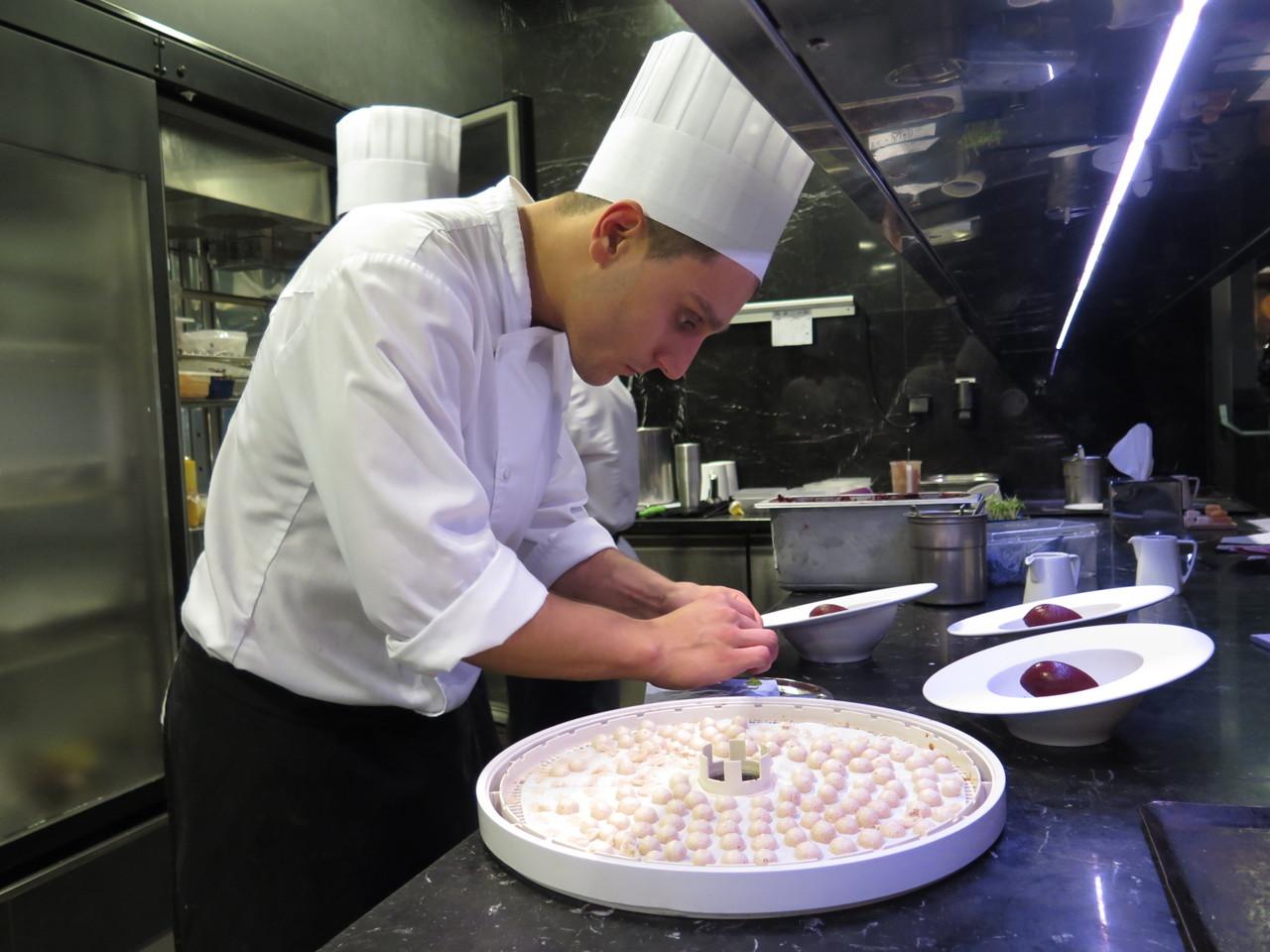 Giacomo Troisi e a sobremesa de cereja