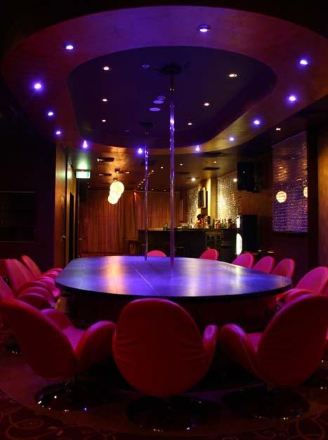strip-club-pole.jpg