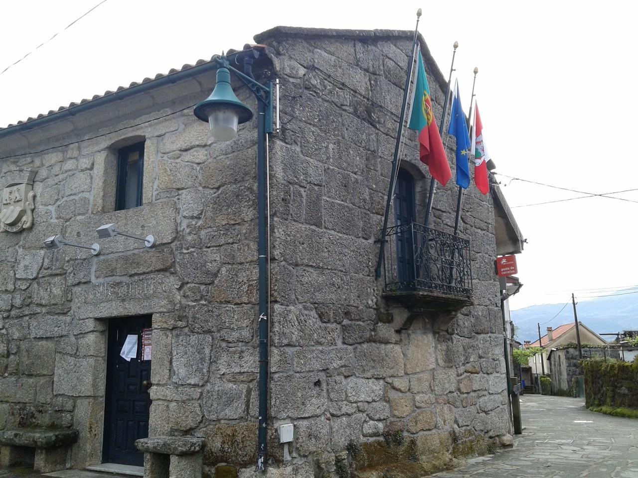20160507_075709_Largo do Eiró.jpg