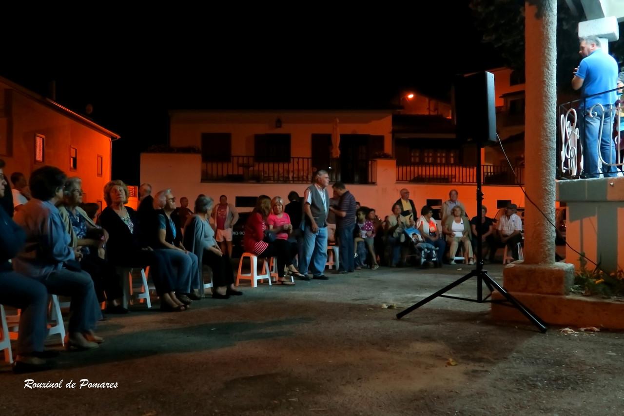 Actuação da Tuna Cantares de Avô em Pomares (00