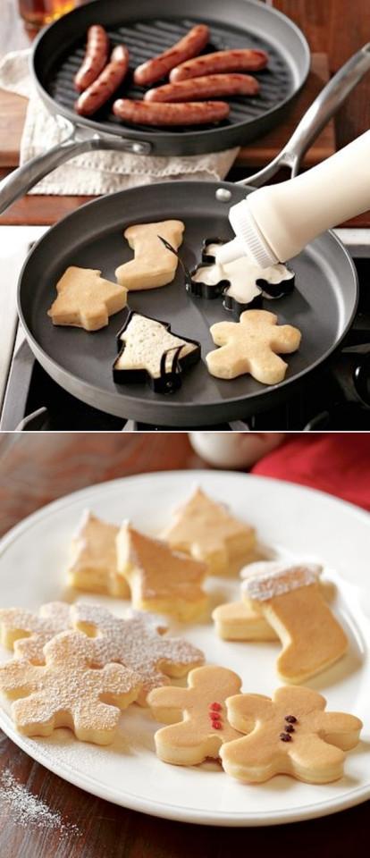 Christmas-shaped-pancake-cutters.jpg