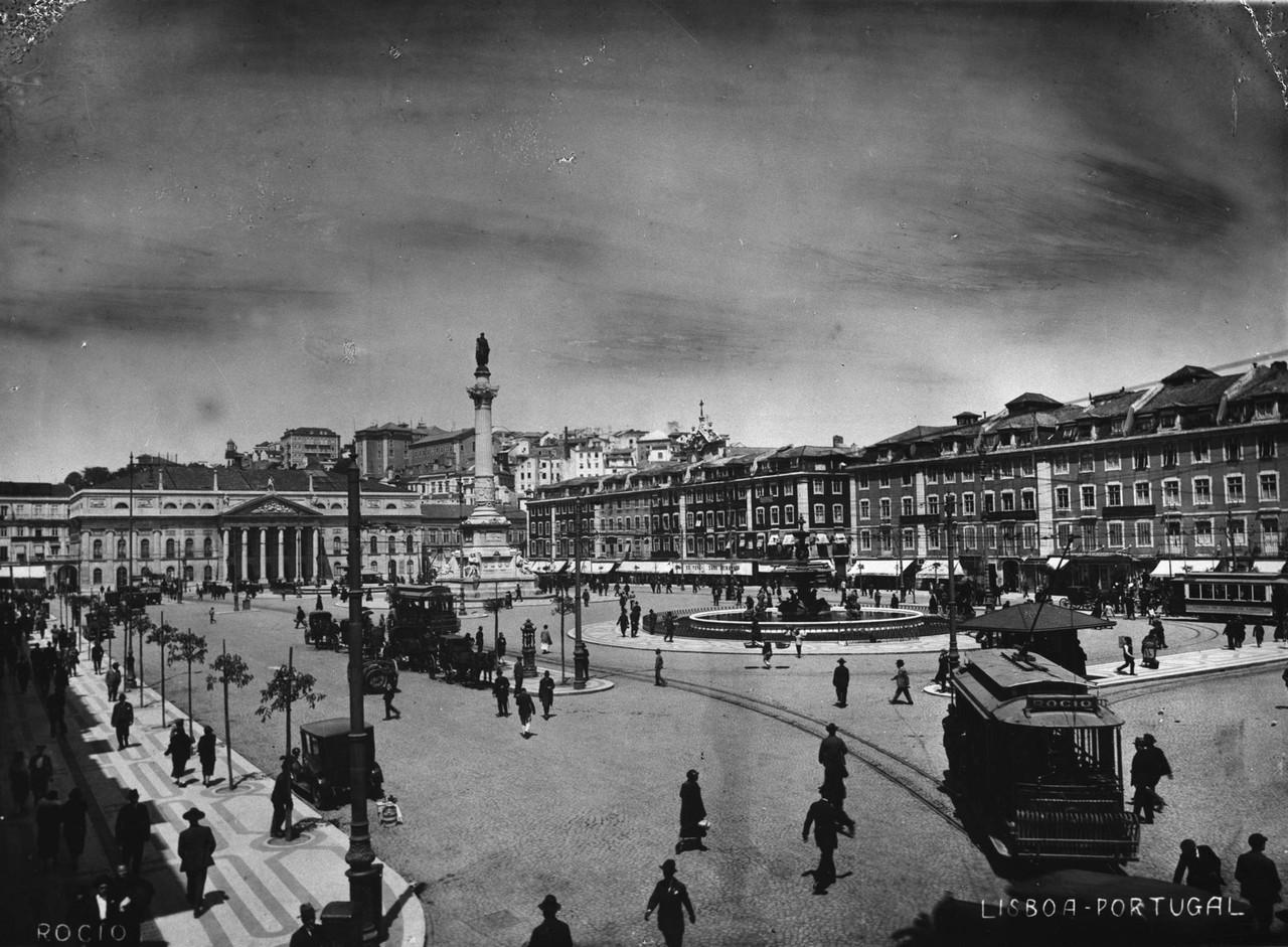 Rossio, anos 20, foto de Manuel Tavares.jpg