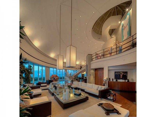 Pharrell-Penthouse-Miami-5-600x450.jpg