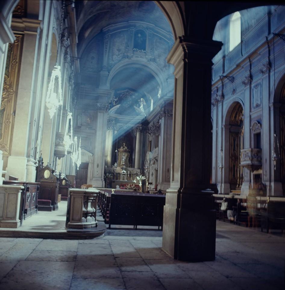 Interior Igreja dos Mártires, foto de Artur Pasto