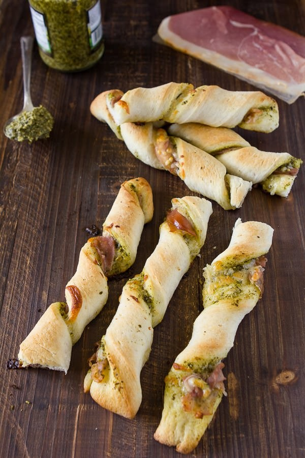 prosciutto-pesto-pizza-twists-2.jpg
