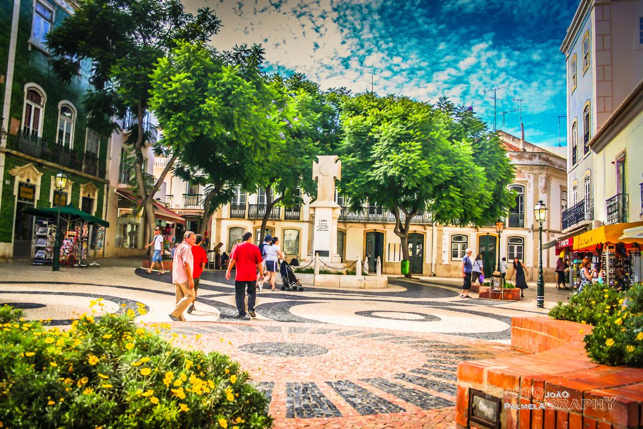 Praça Luis de Camoes!