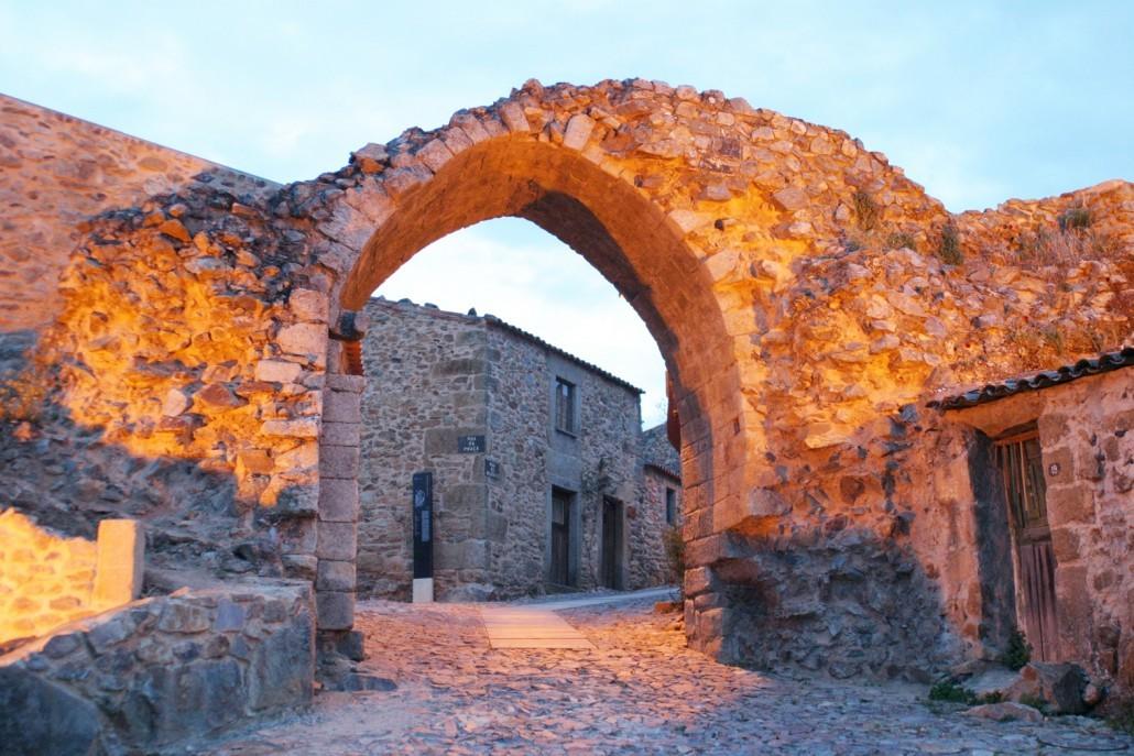 castelo-rodrigo-2-1030x687.jpg