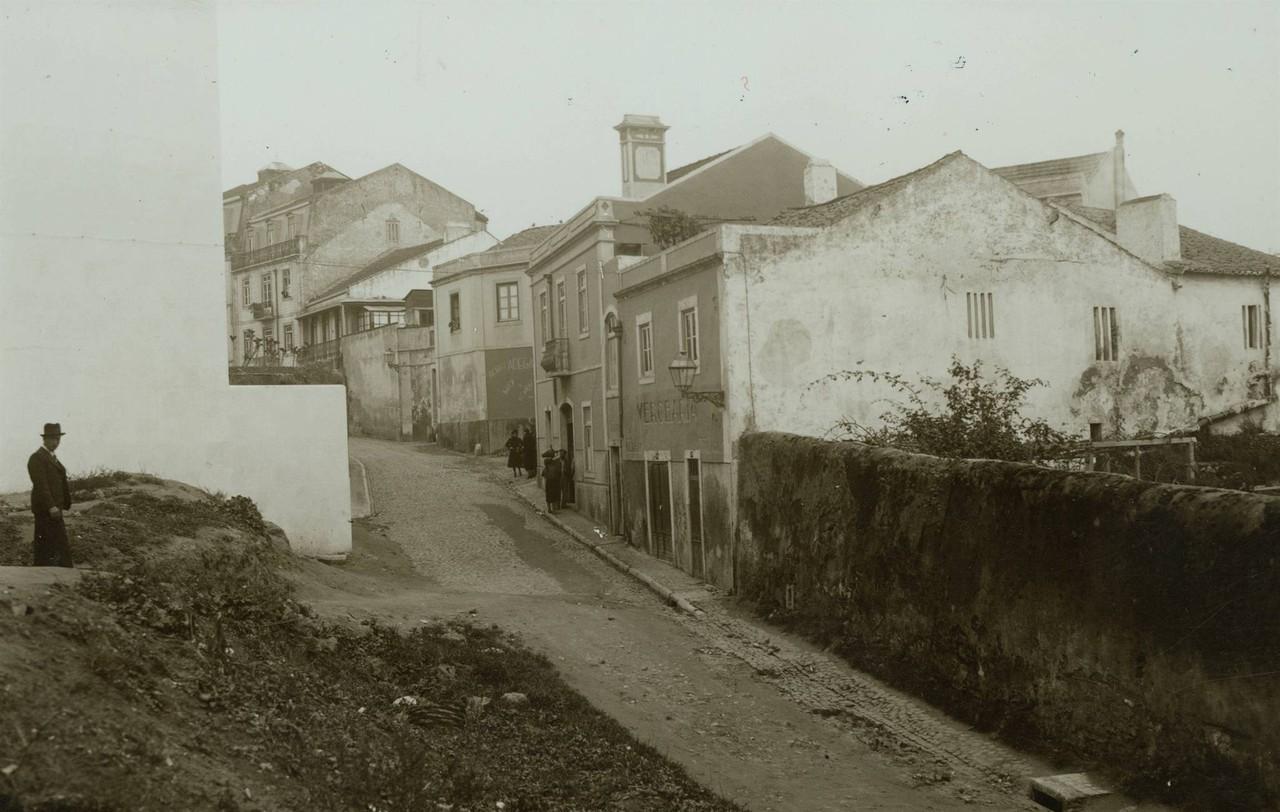 Os Pacatos na Estr. de Sacavém (E. Portugal, 193...)