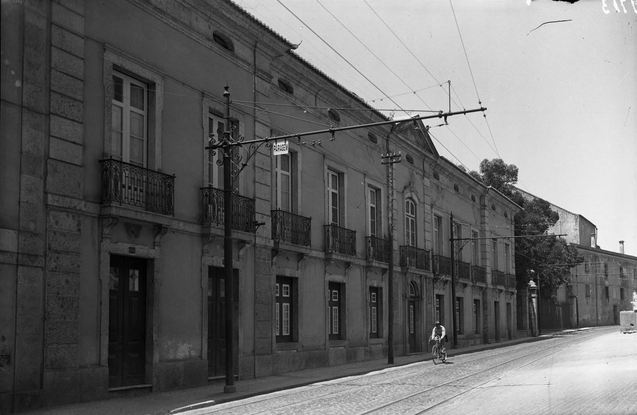 Palácio dos Condes de Farrobo edu port.jpg