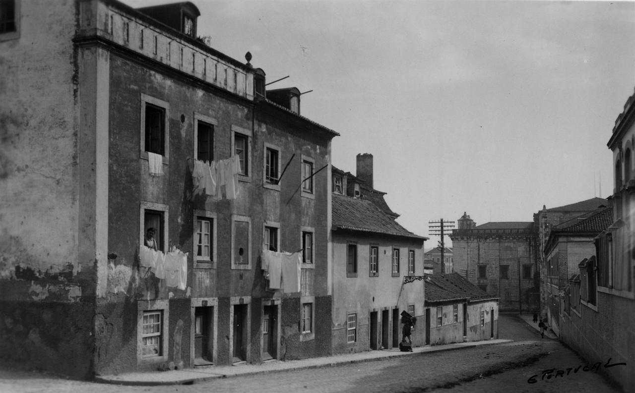 Rua dos Jerónimos, esquina da antiga travessa do