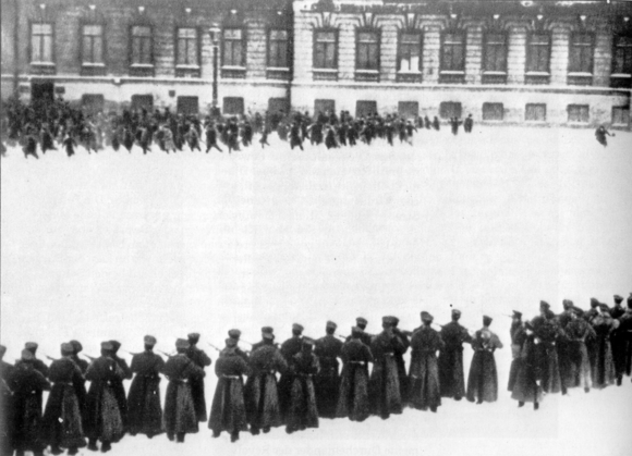Bloody_Sunday_Russia_1905.png