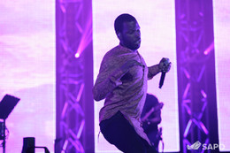 Dino mostrou que sabe dançar